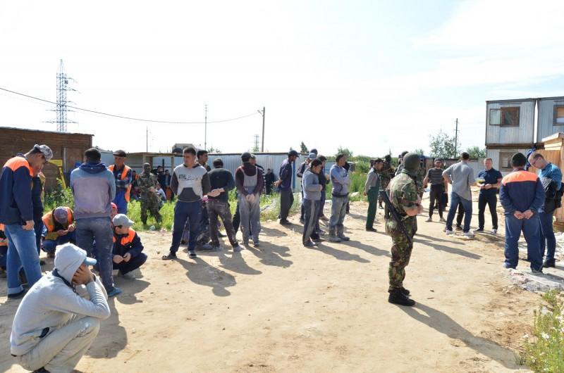В Твери полицейские провели миграционный рейд