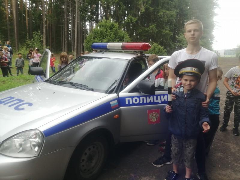 Полицейские в тверской области продолжают цикл профилактических мероприятий для детей