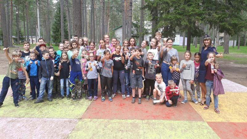Тверские полицейские навестили воспитанников летнего оздоровительного лагеря «Ровесник»