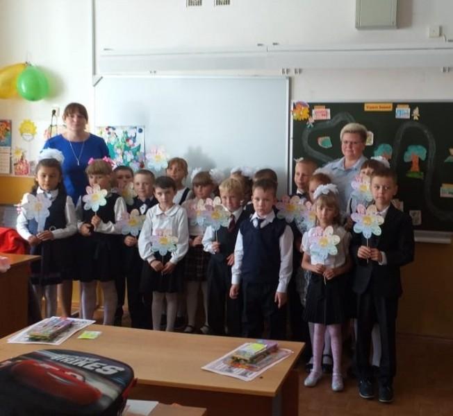 В Твери юрисконсульт УМВД России по Тверской области провела для детей акцию «Урок правовой грамотности»