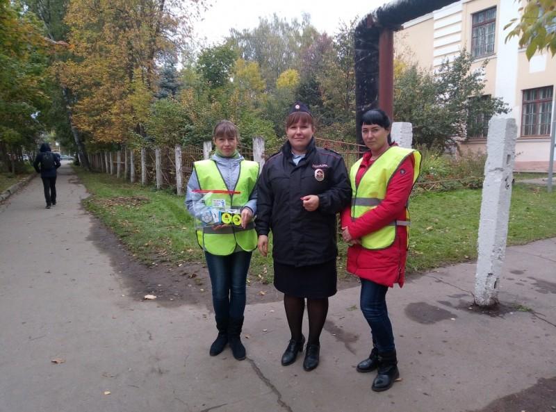 Во Ржеве сотрудники ГИБДД провели рейд совместно с родительским патрулем
