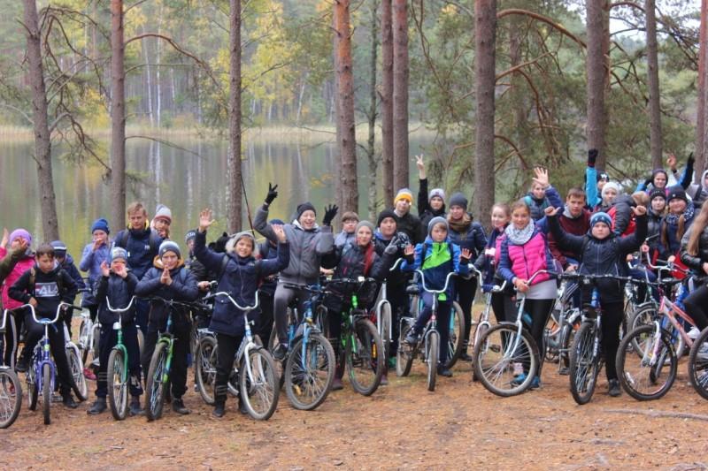 В Тверской области сотрудники Госавтоинспекции приняли участие в «Осеннем велопробеге 2019»
