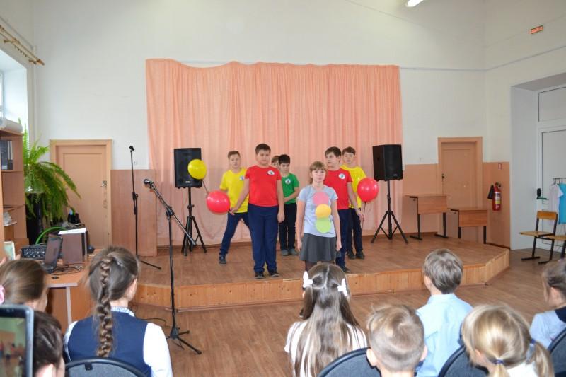 Сотрудники Госавтоинспекции Бологовского района провели профилактические беседы в образовательных учреждениях