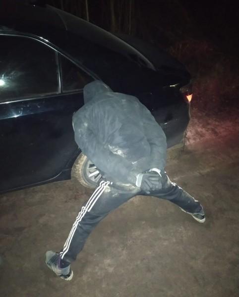 В Тверской области полицейские задержали подозреваемых в совершении серии краж автомобилей