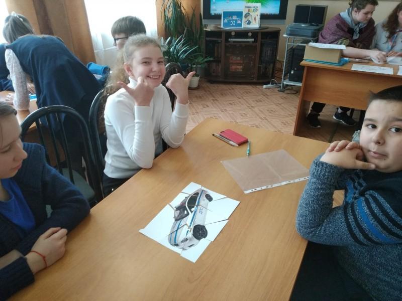 Ржевские полицейские провели интеллектуальную игру по Правилам дорожного движения среди школьников