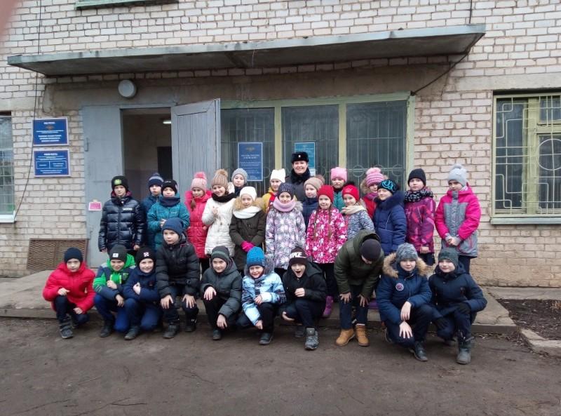Автоинспекторы Ржева провели «День открытых дверей» в отделе полиции для школьников