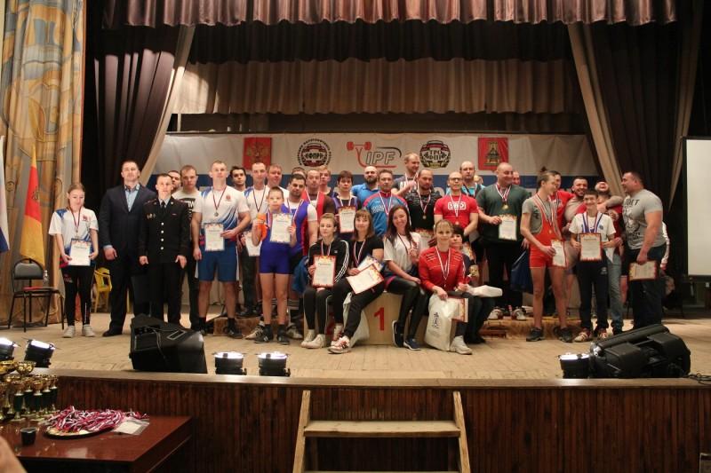 В Тверской области состоялся открытый турнир по жиму штанги