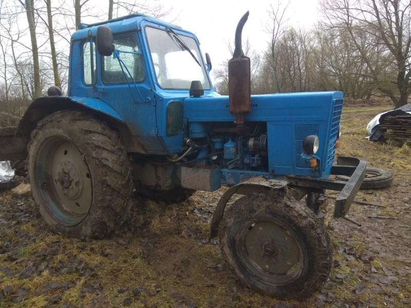 В Тверской области полицейские задержали подозреваемого в угоне трактора