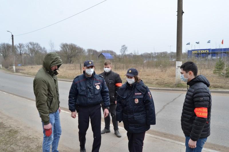 В Тверской области сотрудники полиции реализуют комплекс мер по предупреждению распространения коронавирусной инфекции