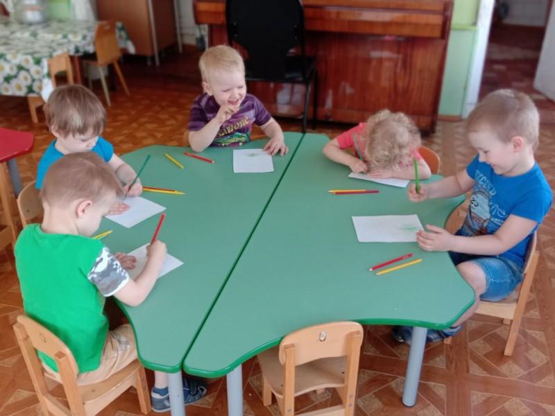 Воспитанники Конаковского детского сада призывают всех быть внимательными на дороге!