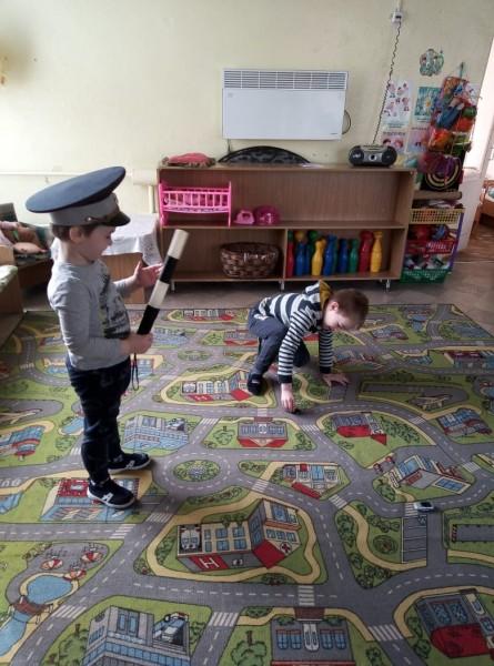 В Тверской области воспитанники детского сада повторяют ПДД