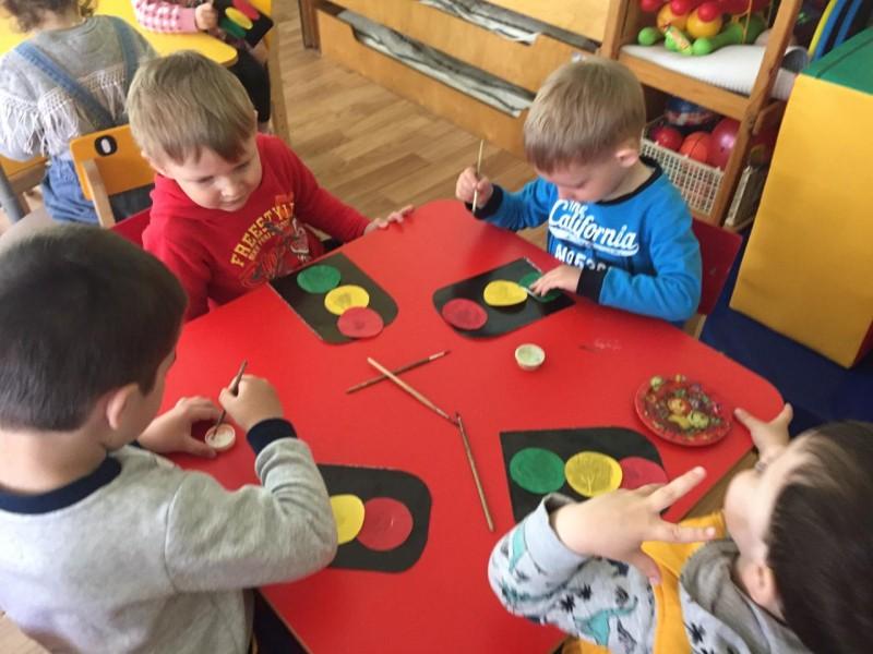 В детском саду Ржевского района прошла «Неделя по правилам дорожного движения»