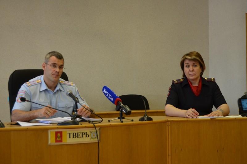 Результаты работы полицейских по противодействию фальшивомонетничеству обсудили на пресс-конференции в УМВД России по Тверской области