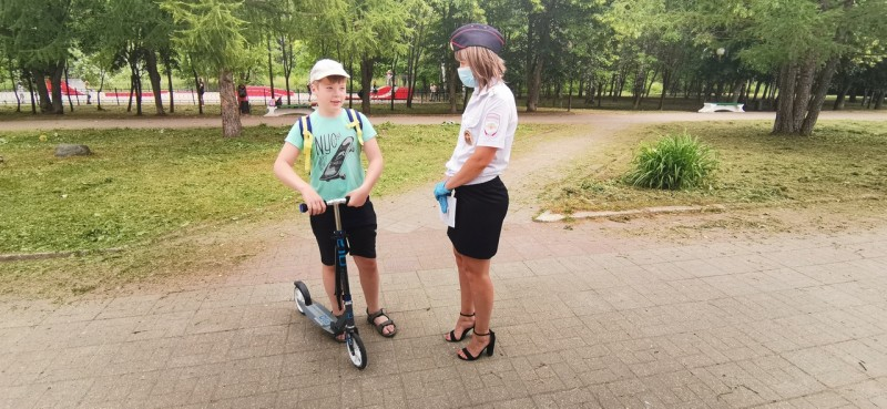 В Твери инспекторы ГИБДД провели акцию «Мой друг - велосипед!»