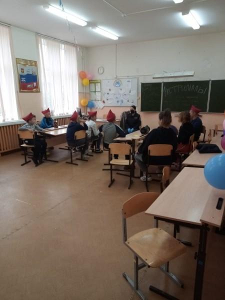 В Тверской области инспекторы по делам несовершеннолетних и общественники провели занятие в пришкольном лагере