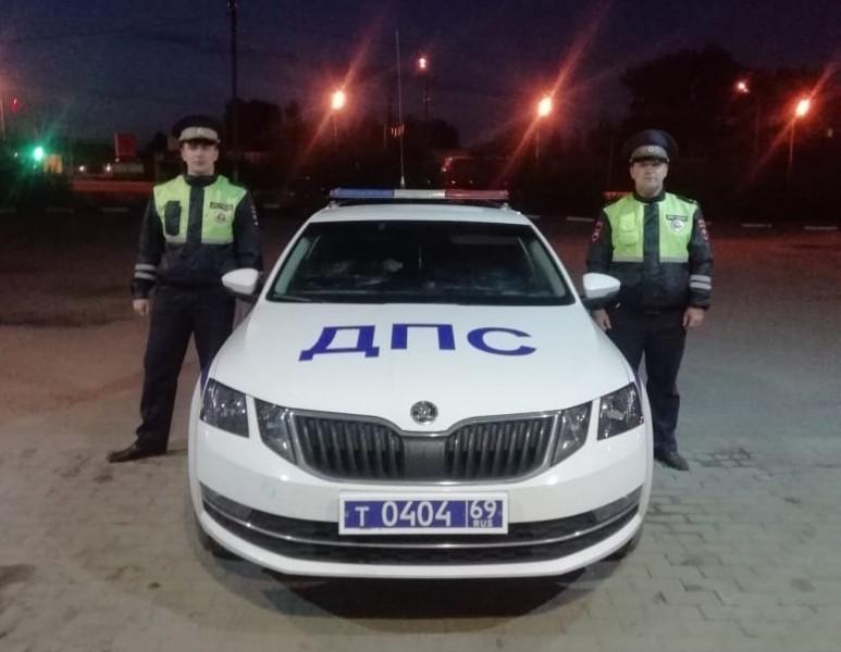 Житель Тверской области обратился со словами благодарности в адрес сотрудников Госавтоинспекции за оказанную на дороге помощь