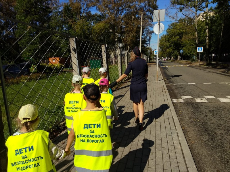 Тверские автоинспекторы провели акцию «Мой безопасный маршрут»