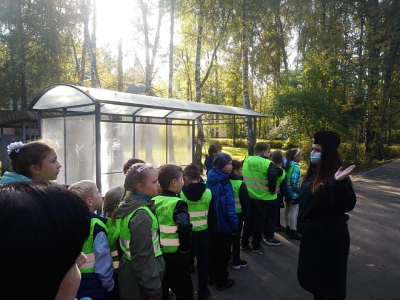 В Тверской области автоинспекторы провели практическое занятие «Безопасный маршрут»