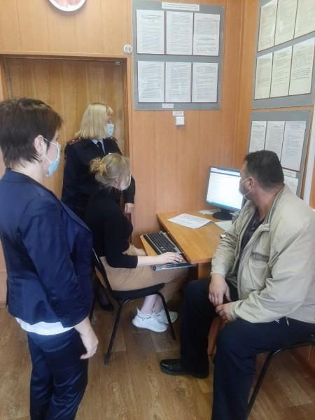 В Тверской области общественники ознакомились с работой отдела по вопросам миграции