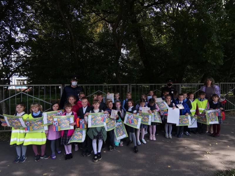 Тверские автоинспекторы провели для школьников мероприятие «Мой безопасный маршрут»