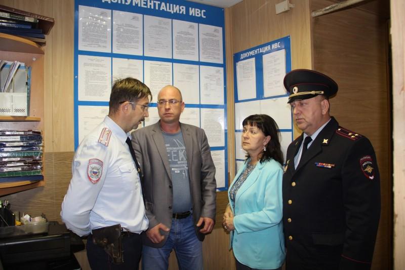 В Торжке в рамках акции «Гражданский мониторинг» представители общественности проверили изолятор временного содержания.