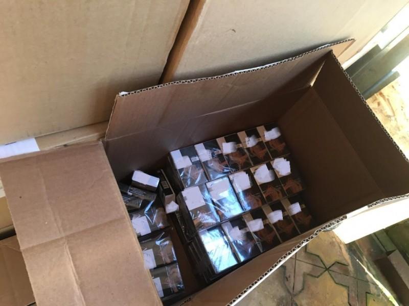 В Твери полицейские изъяли крупную партию немаркированной табачной продукции