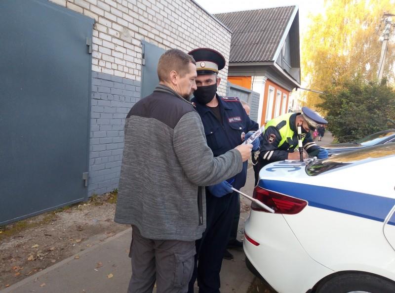 В Тверской области автоинспекторы провели профилактическое мероприятие «Автокресло»
