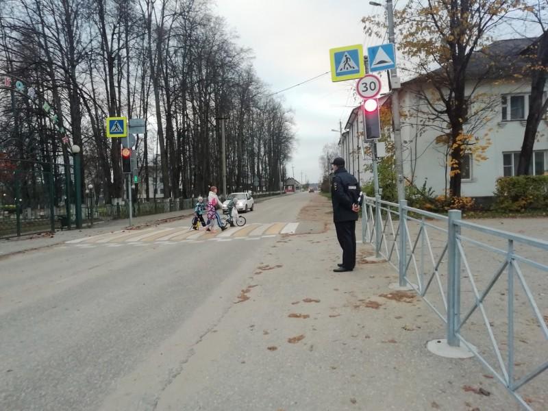 В Тверской области Госавтоинспекторы провели профилактическое мероприятие «Пешеход»