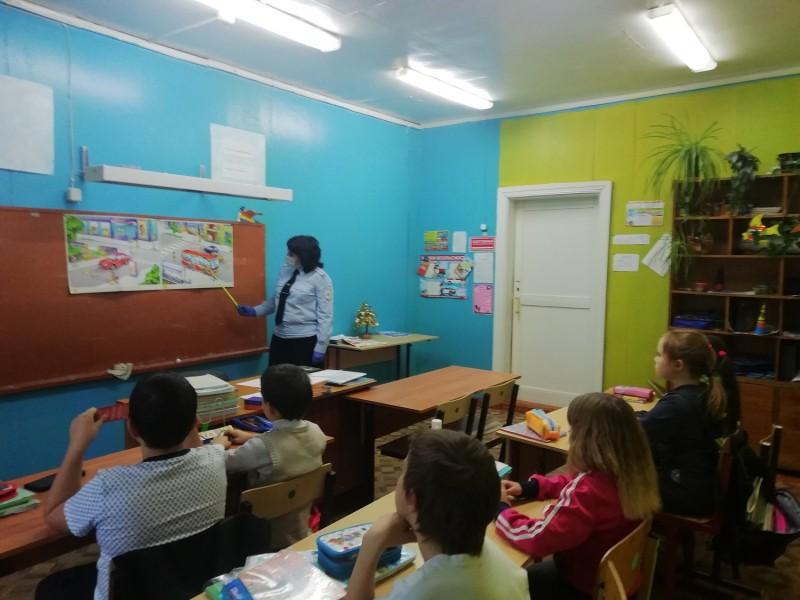 Западнодвинские автоинспекторы провели «Уроки безопасности» в школах Андреапольского района