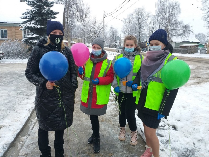 Юные инспекторы движения Красного Холма провели профилактическую акцию