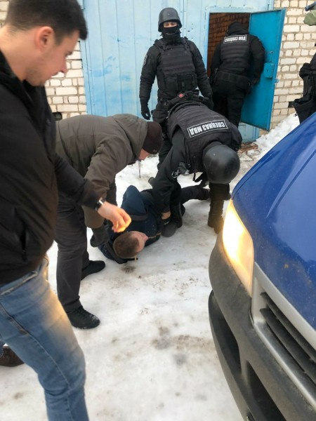 Полицейские пресекли деятельность нарколаборатории в городе Твери
