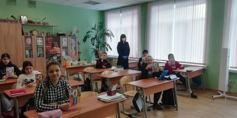 Сотрудники полиции в Твери провели урок безопасности в школе- интернате
