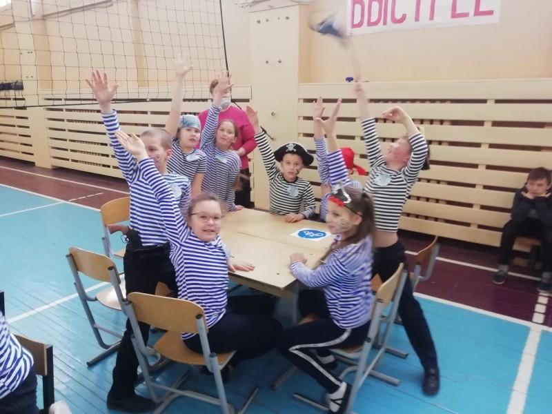Бологовские полицейские побывали в гостях у школьников