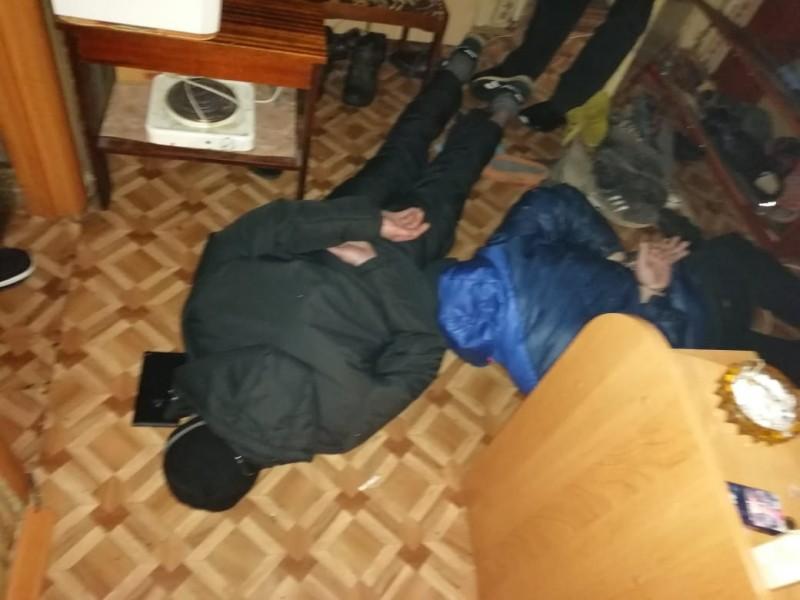 В Тверской области полицейские пресекли деятельность наркопритона