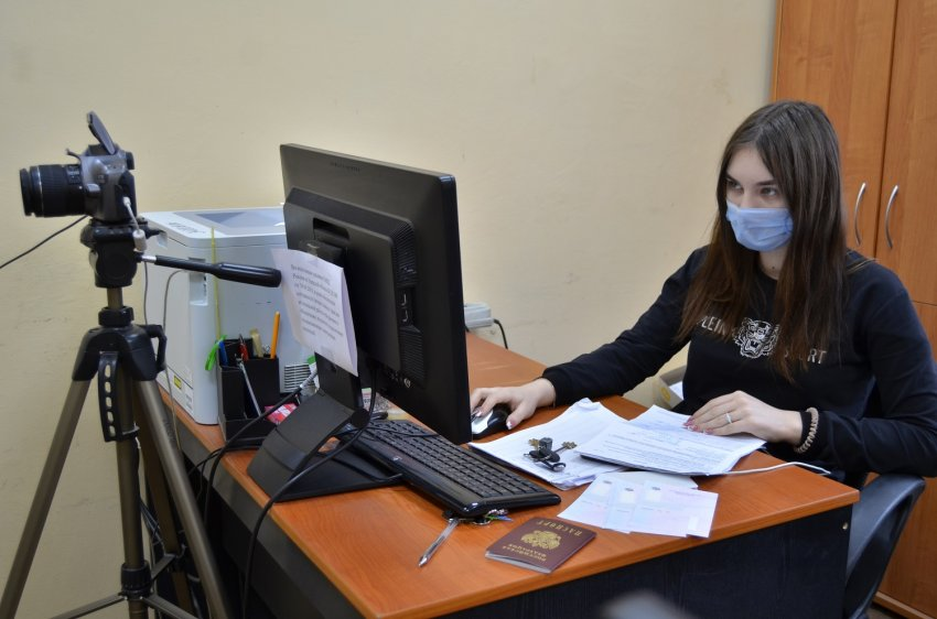 13 февраля свой профессиональный праздник отмечают сотрудники регистрационно-экзаменационных подразделений ГИБДД
