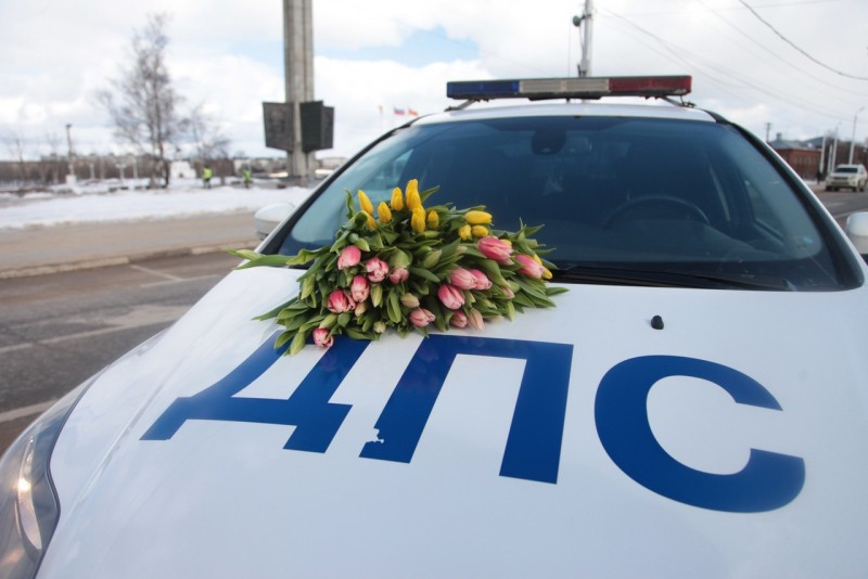 На территории областного центра прошла акция «Весна-цветы!»