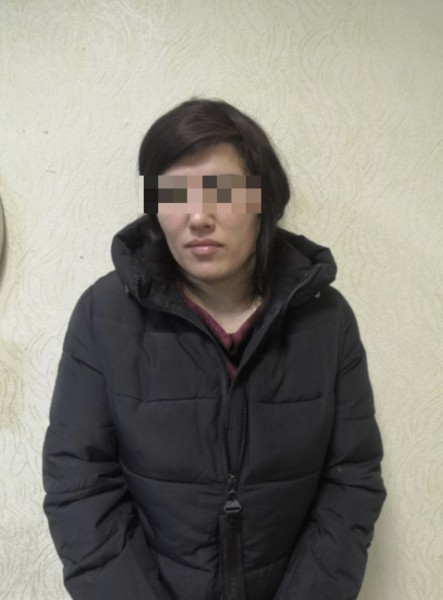 В Твери полицейские задержали женщину за попытку сбыта наркотиков
