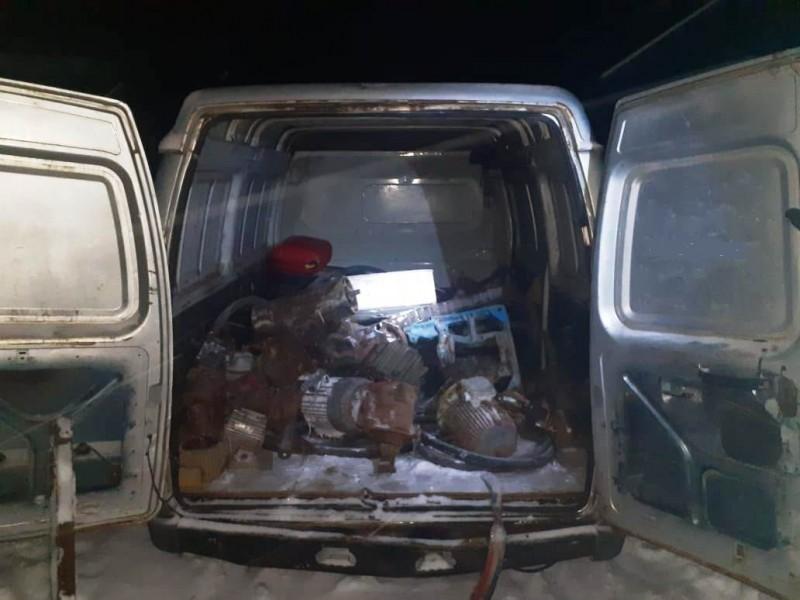 Злоумышленники застигнуты на месте преступления при попытке хищения запчастей для сельскохозяйственной техники