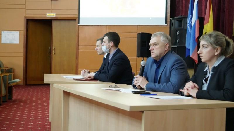 Сотрудники тверской полиции и представители общественности встретились со студентами медицинского университета