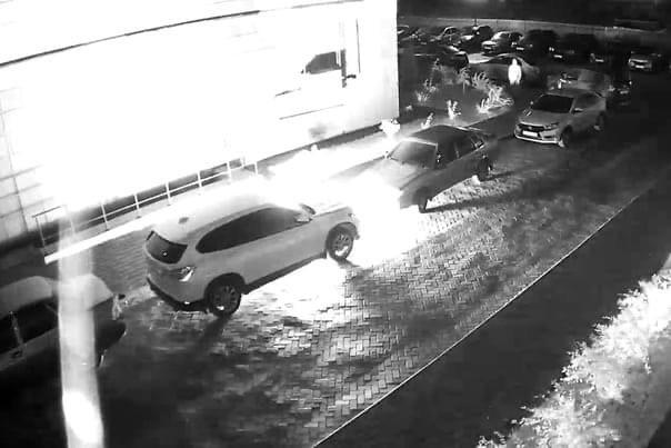 Полицейские Заволжского района Твери задержали подозреваемого в поджоге автомобилей