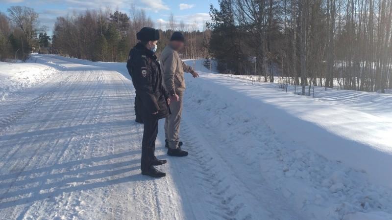 Сотрудники полиции Максатихинского района по горячим следам раскрыли грабеж