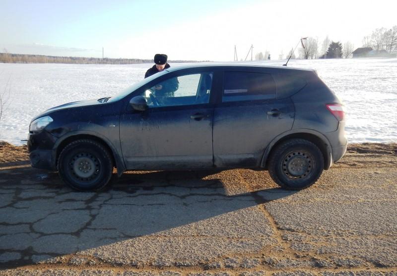 В одной из деревень Сонковского района с места парковки пропал автомобиль, принадлежащий жителю Ярославской области