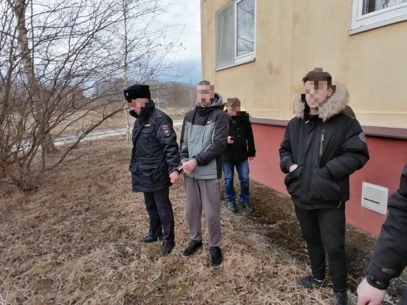 В Тверской области сотрудники полиции задержали подозреваемых в покушении на сбыт наркотических средств