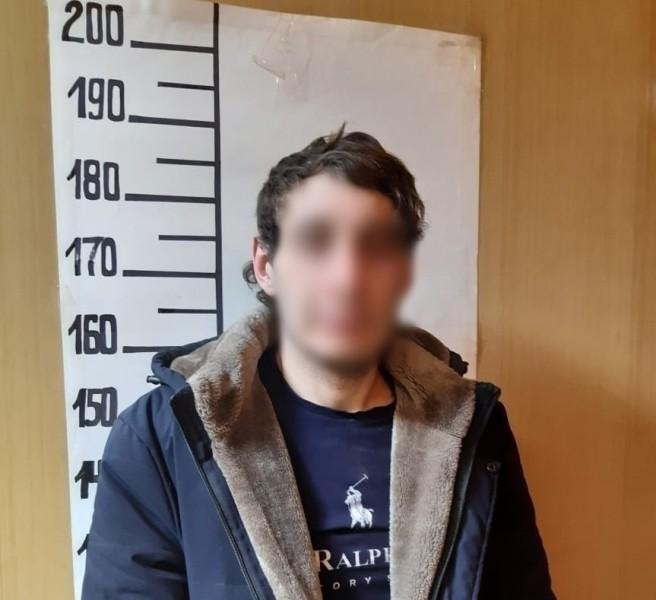 Полицейскими в городе Конаково установлен и задержан грабитель