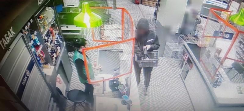 Сотрудниками полиции раскрыта кража имущества