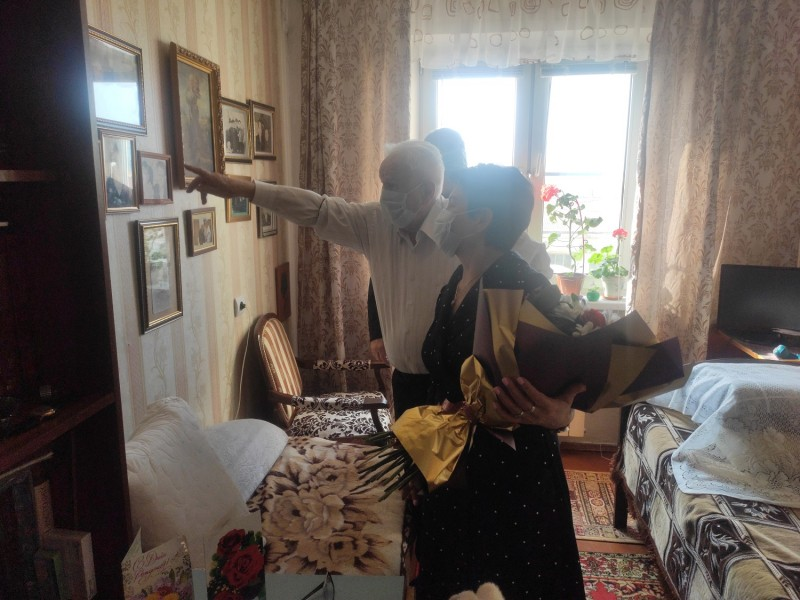 Сотрудники Управления МВД России по Тверской области поздравили ветерана Великой Отечественной войны с 95-летием