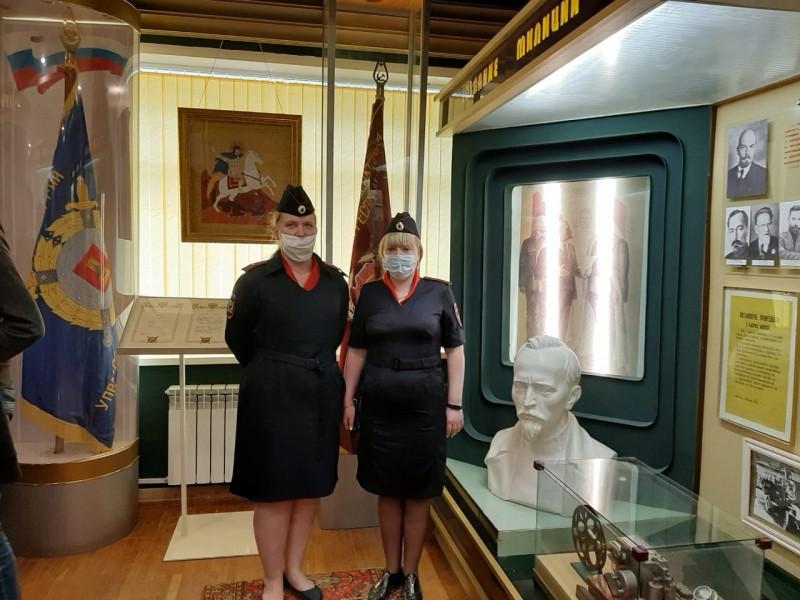 Студенты тверского колледжа посетили музей региональной полиции