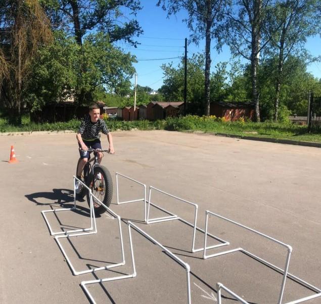 Ржевские автоинспекторы и педагоги спортивной школы провели конкурс «Лучший велосипедист – 2021»