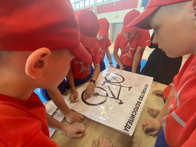 Тверские автоинспекторы провели мероприятие «Карусель ПДД» в Тверском суворовском училище