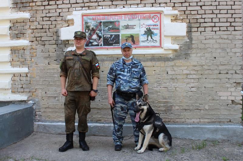 Тверские полицейские продолжают профилактическую работу антинаркотической направленности